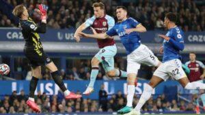 Premier League: Everton hạ gục Burnley với tỷ số 3 - 1